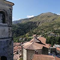 Visita a Papasidero tra trekking, rafting e grotta del Romito per viaggiare in Calabria